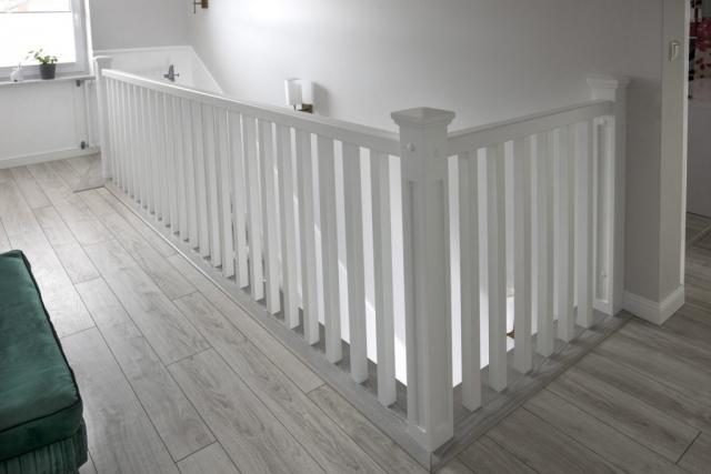 Schody drewniane Warszawa - Balustrada drewniana